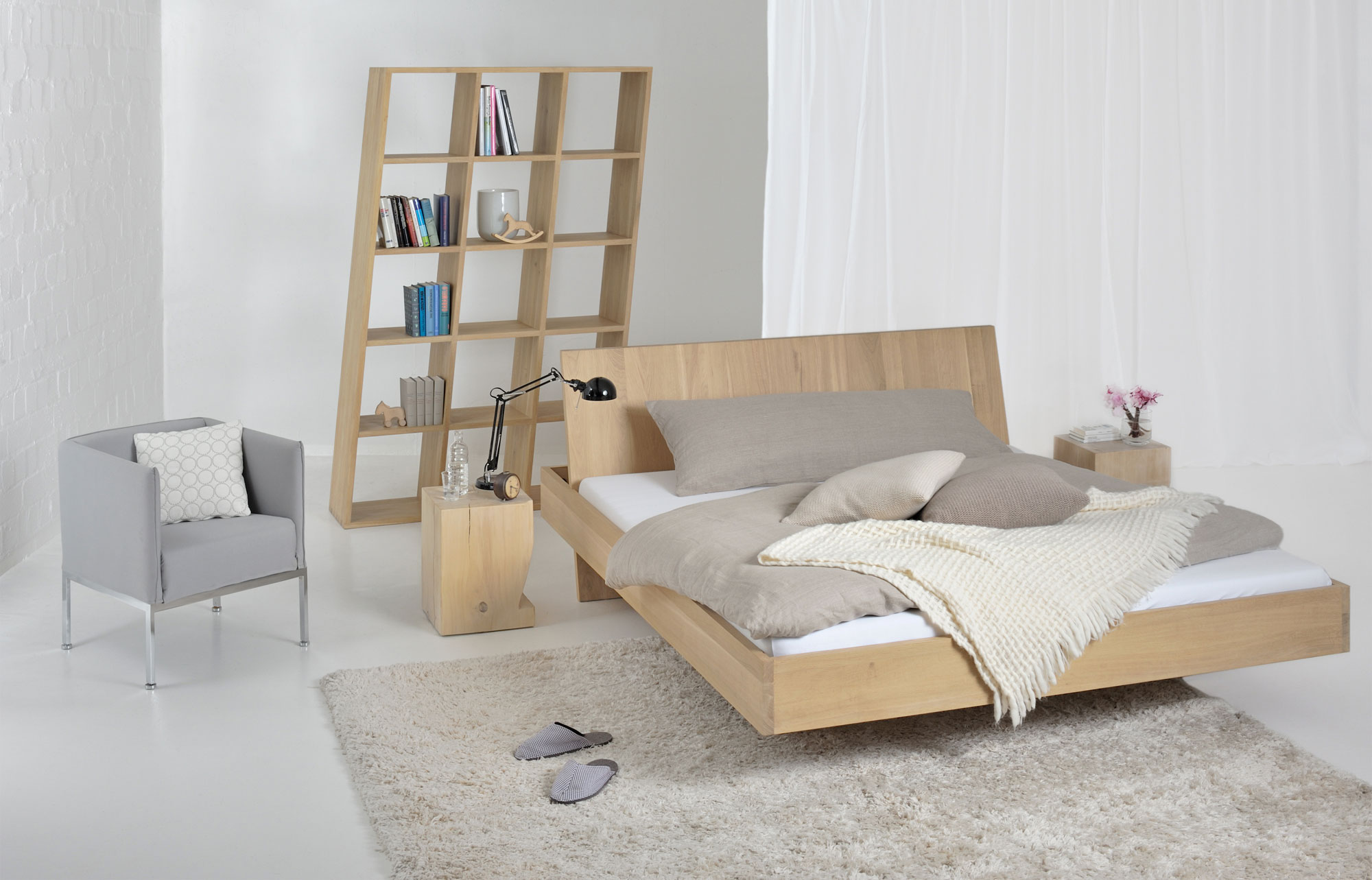 Design Solid Wood Bed SOMNIA custom made in solid wood by vitamin design